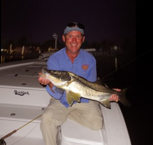 Leslie from across the pond (Ireland) shows off a hefty snook!